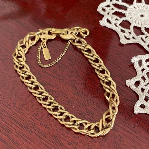 Gold Charm Bracelet arm candy Monet links